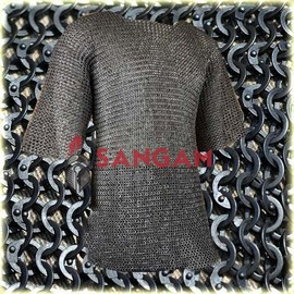 Chain mail 9 mm flat riveted with soiled ring