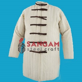 Gambeson Strap Closure